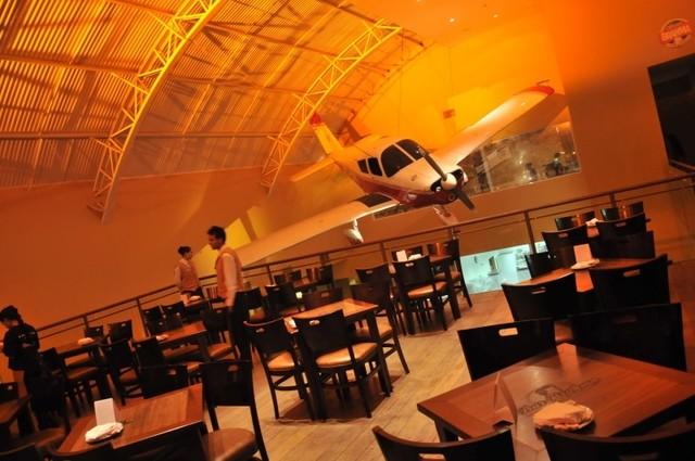 Bar brahma aeroclube bora a Restaurante teatro campos